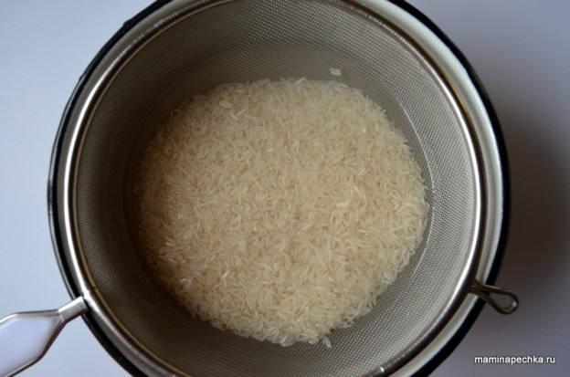После обмолота и шлифовки на зернах риса остается т.н. пудра
