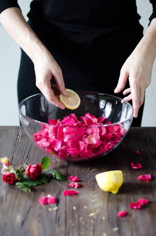 Сироп из лепестков роз
