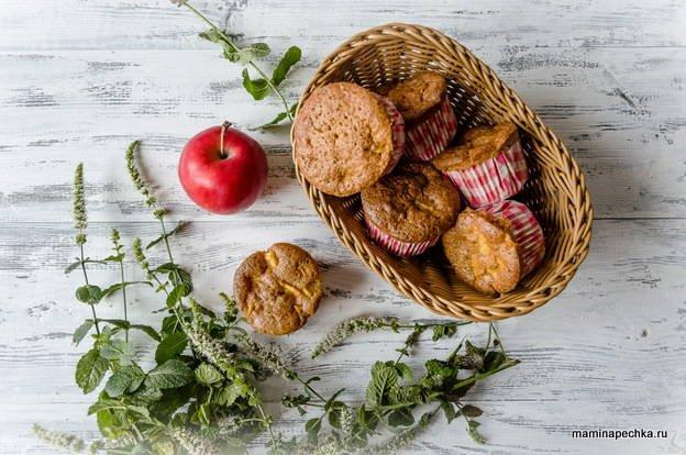 Как приготовить шарлотку с яблоками в формах для маффинов
